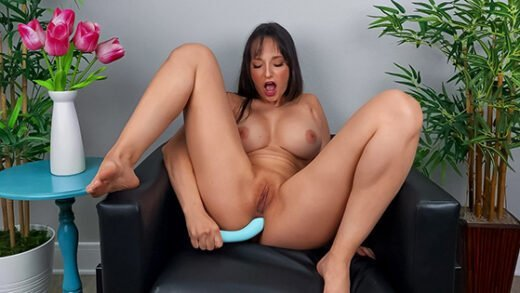 [DayWithAPornstar] Lexi Luna (Lexi Wants You To Cum Over / 12.11.2020)