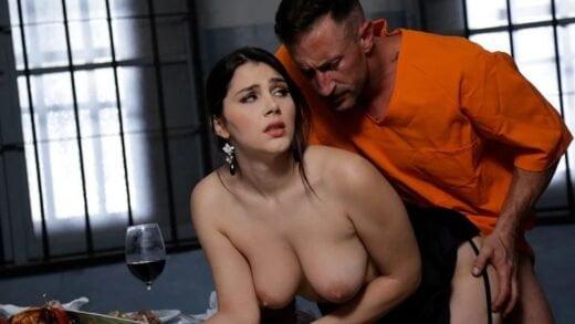 DorcelClub - Valentina Nappi - Prisonners Greedy Girl