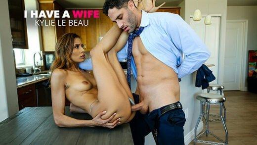 [IHaveAWife] Kylie Le Beau (26330 / 12.05.2020)