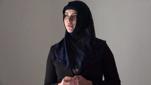 SexWithMuslims - Nikki Dream - Rich muslim lady Nikky Dream wants to buy apartments in Prague