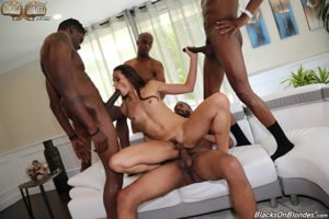 BlackedRaw – Avi Love, Kira Noir One Night, Perverzija.com