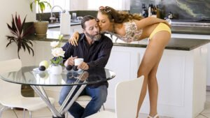 MomsBangTeens – Aubree Valentine And Becky Bandini – Competitive Interns, Perverzija.com