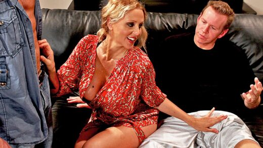 MilfsLikeItBig - Julia Ann - Welcoming Your Cock To The Building