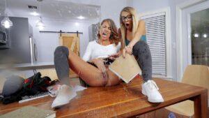 AssParade – Carmela Clutch Bossy Chick Gets Wet, Perverzija.com