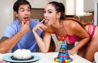 1000Facials – Paige Owens – What's For Dinner