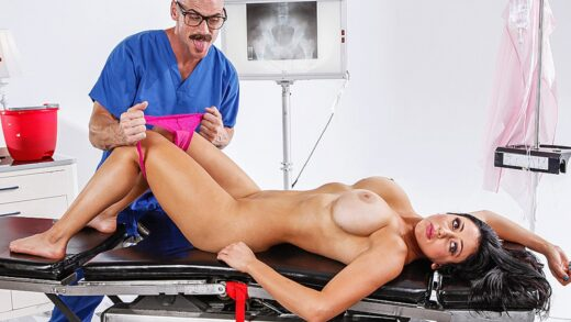 DirtyMasseur - Audrey Bitoni - Time For Your Spongebath