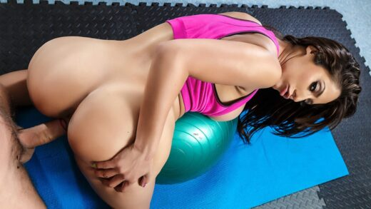 DoctorAdventures - Reena Sky - Sex-ercise at Physiotherapy