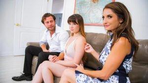 DaughterSwap – Alison Rey And Iris Rose – Movie Night Madness, Perverzija.com