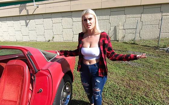 BangRoadSideXXX – Indica Monroe Gets Her Engine Checked Out, Perverzija.com