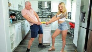 StepSiblingsCaught – Lacy Lennon – May 2021 Flavor Of The Month, Perverzija.com