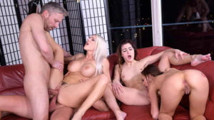 LethalHardcore – Emily Right – Busty Blonde Emily Right Gets Cocked-Up to Avoid Lock-Up, Perverzija.com