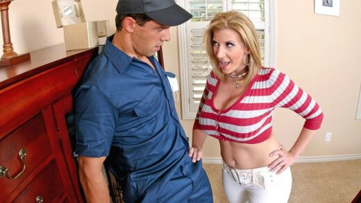 MilfsLikeItBig - Sara Jay - Taking a Big Bite Out of Crime
