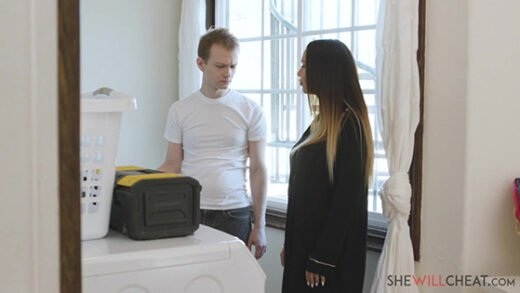 [SheWillCheat] Mckenzie Lee (Gets even with her cheating husband by screwing the hung repairman / 06.18.2021)