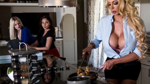 MomKnowsBest - Ariana Marie And Nicolette Shea - Meating The Mother