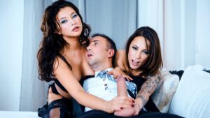 DorcelClub – Anna Polina, Marie Clarence And Mya Lorenn – 10 Hot Girls In A Huge Masked Orgy – My Real Swingers Orgy S01, Perverzija.com