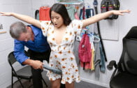 Shoplyfter – Meloni Moon And Lily James – Stepdaughters Crime