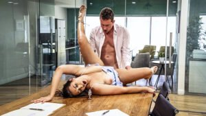 NewSensations – Bella Rolland – Bella Works Out With Her Brother, Perverzija.com