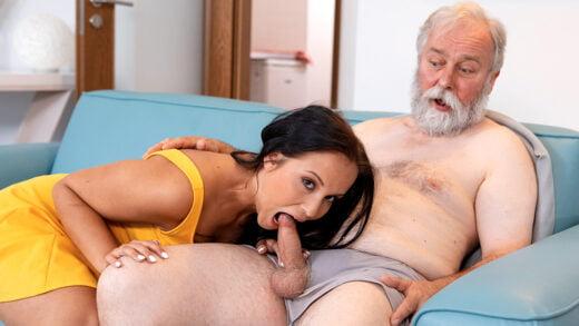 OldGoesYoung - Jennifer Mendez - Juicy brunette jumps on a wrinkled dick until orgasm