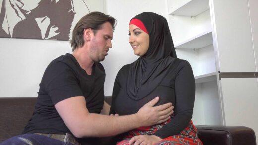 SexWithMuslims - Krystal Swift - Thomas fucked his muslim sister-in-law